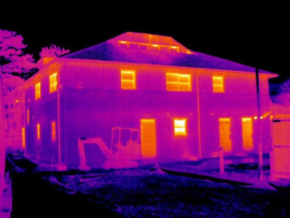 termografia termocamere edifici fotovoltaico ispezioni drone flir pannelli fotovoltaici impianti elettrici