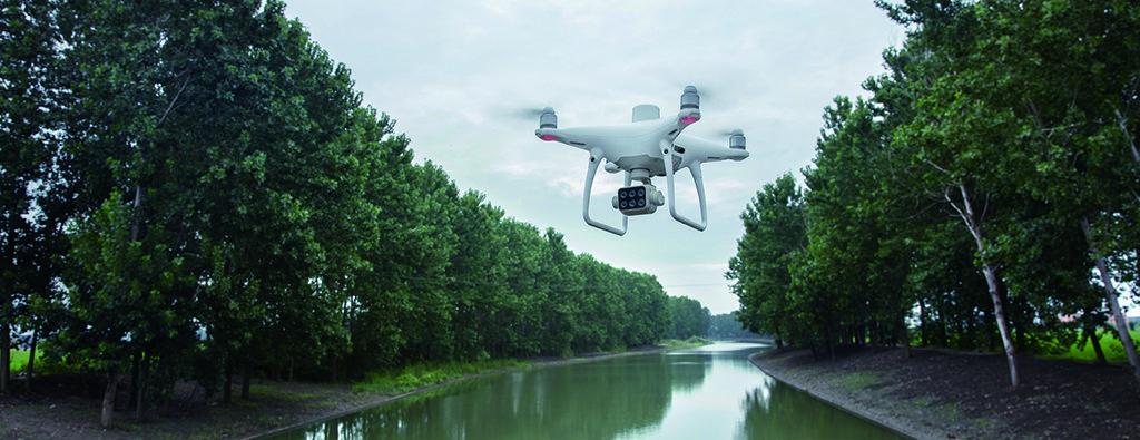 drone multispettrale dji phantom 4